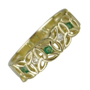 9ct Yellow Gold Emerald set Celtic Trinity Knot Band Ring