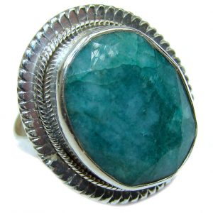 Victorian Style created Emerald .925 Sterling Silver ring; s. 8